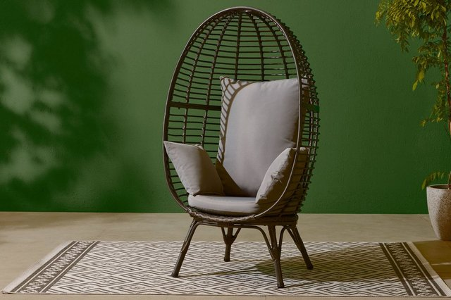The Tesco Rattan Egg Chair is completely on trend - and only £1 more than Aldi's sell-out version