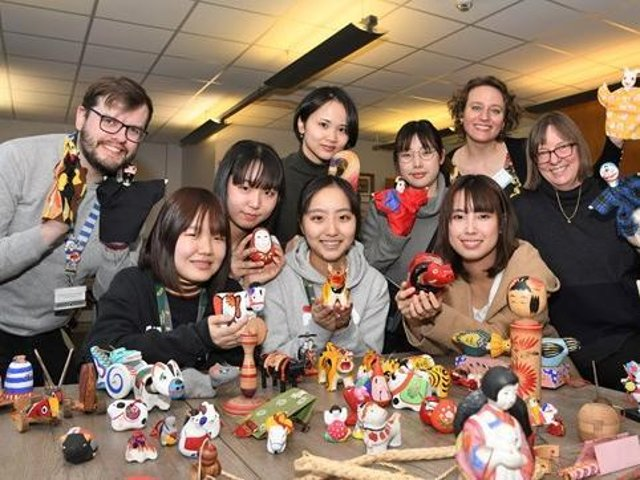 Collaboration between Japanese students and Beverley Art Gallery