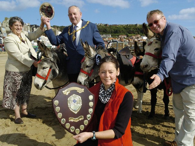 Scarborough's Donkey Award with Scarboroughs Best Donkey Group: Annie and Mayor Herbert Tindall with Jenny Floris and Peter Walker