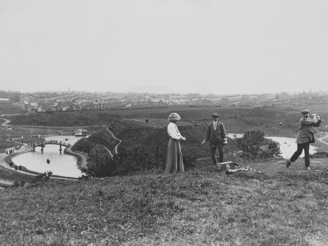 Golfers playing the first hole of North Cliff Golf Club overlooking Scarborough, North Yorkshire, 1912.