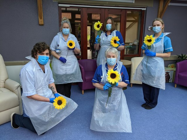 IPUI nurses supporting the sunflower campaign