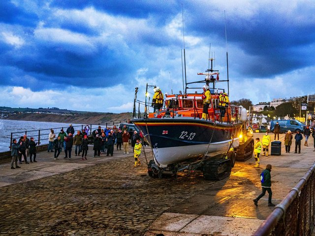 A fond farewell for the lifeboat