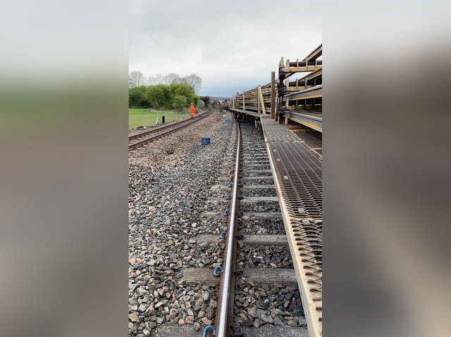 Picture from the scene of the derailment. (Photo: Leeds City Station)