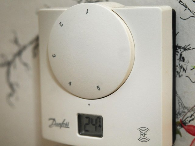 Scarborough Borough Council is helping to provide homeowners and tenants with better heating.