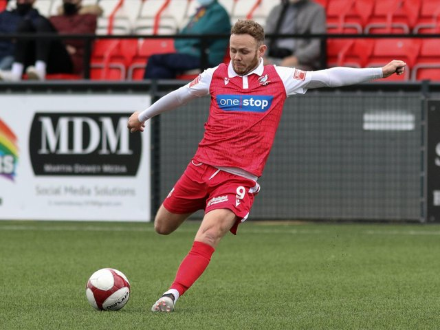 Nathan Cartman has signed a new deal with Boro.