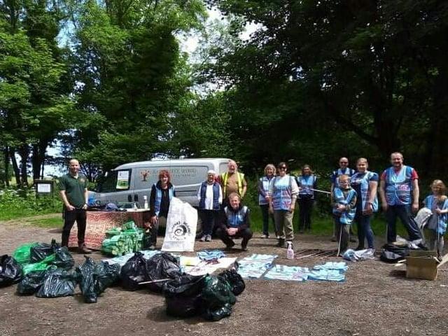 Volunteers at the Raincliffe Woods litter pick.