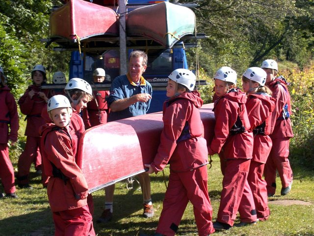 Lealholm School have a day of fun on the Esk with East Barnby outdoor education centre.