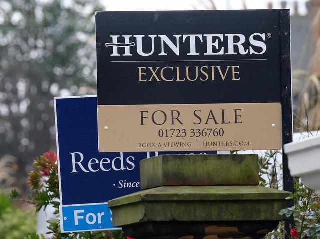 For sale sign stock image. Picture: JPI Media/ Richard Ponter